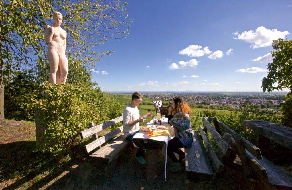 Picknickplätze an der Mittelhaardt - Eva im Paradiesgarten