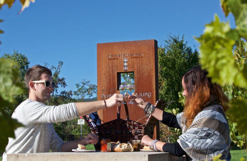 Picknickplätze an der Mittelhaardt - Weinkelter Ruppertsberg bei Deidesheim